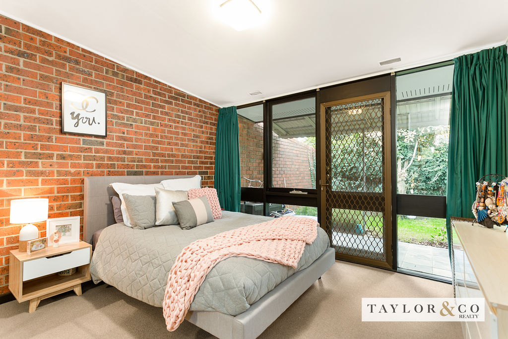 2/139 Mount Eliza Way MOUNT ELIZA
