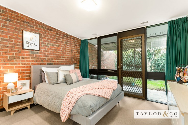 2/139 Mount Eliza Way