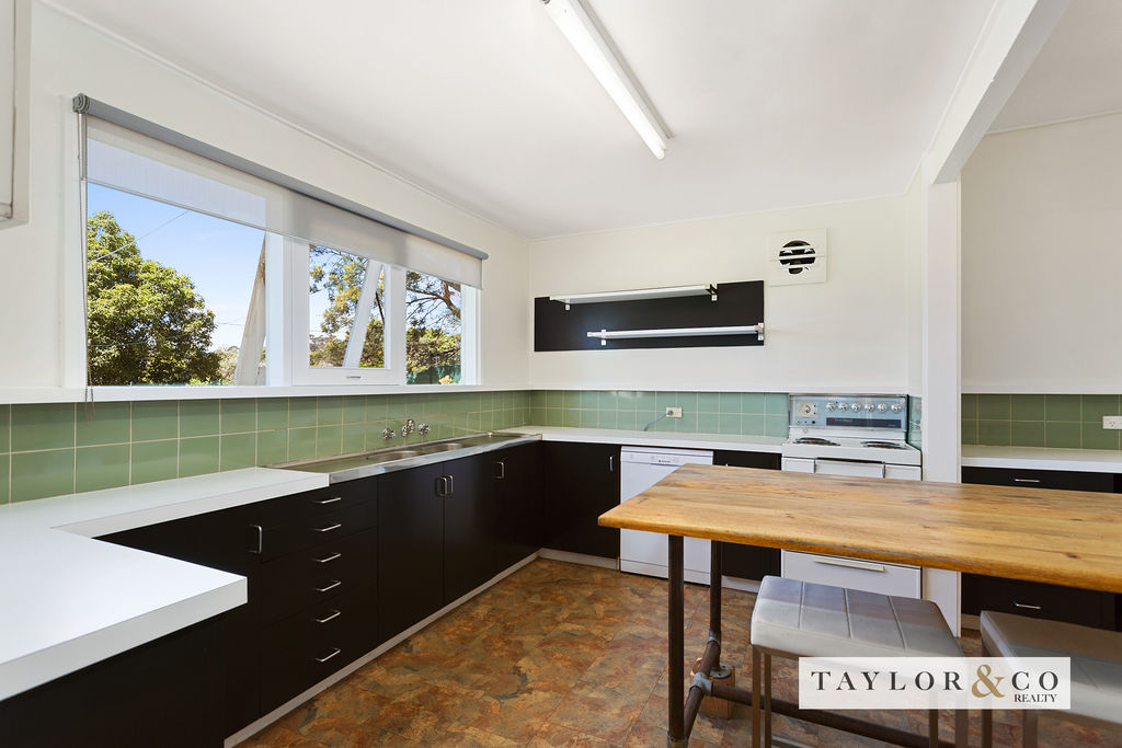 68-70 Canadian Bay Road MOUNT ELIZA
