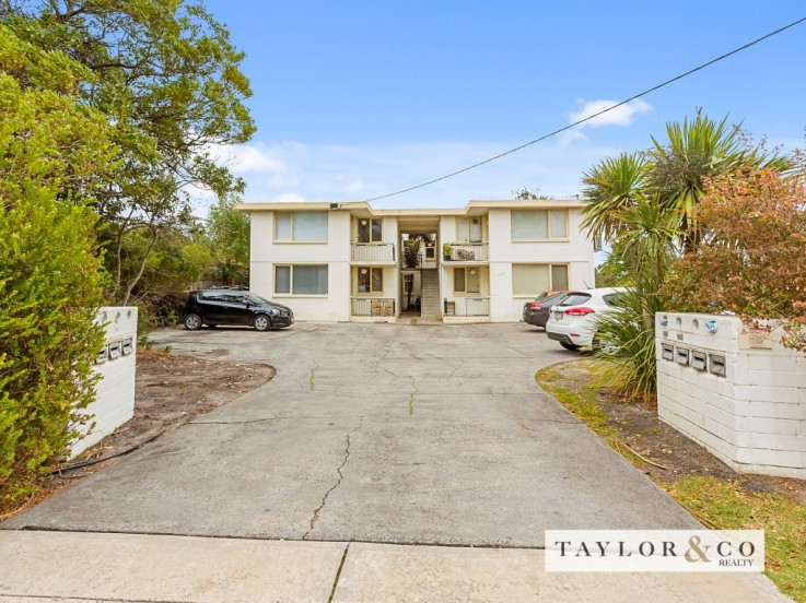 1/162 Canadian Bay Road
