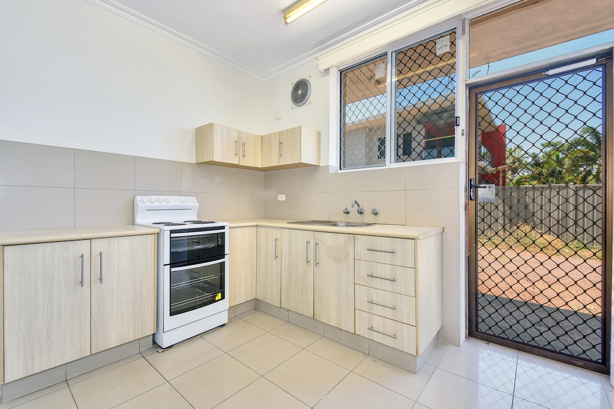 1/1 Musgrave Cres COCONUT GROVE