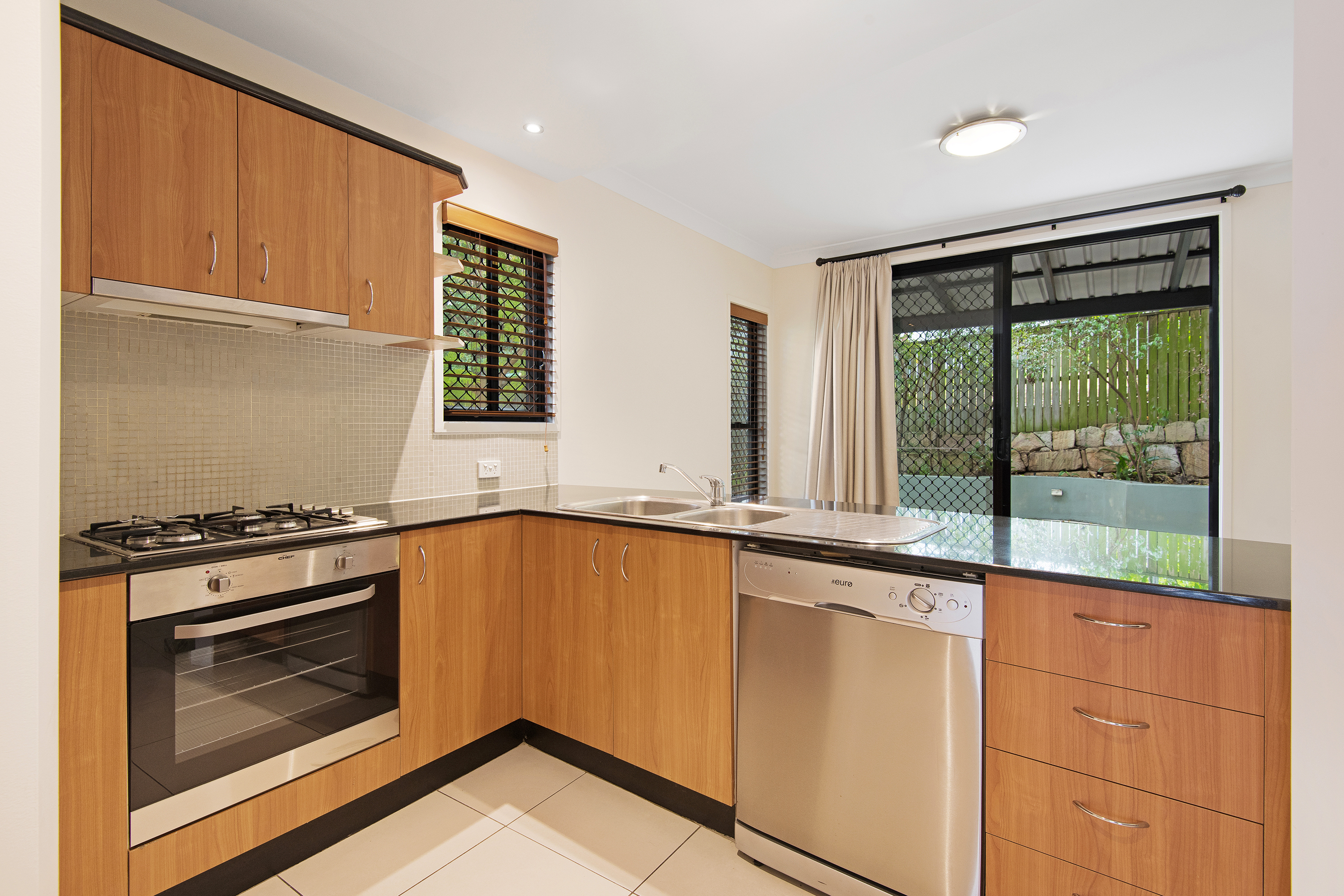 33A Ganges Street HIGHGATE HILL
