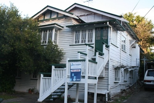 2/9 Clarence Street
