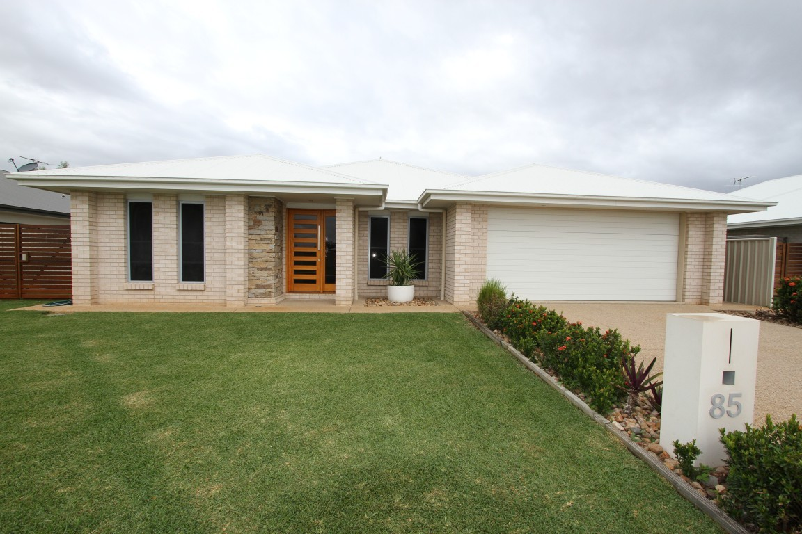 85 Canterbury Road EMERALD