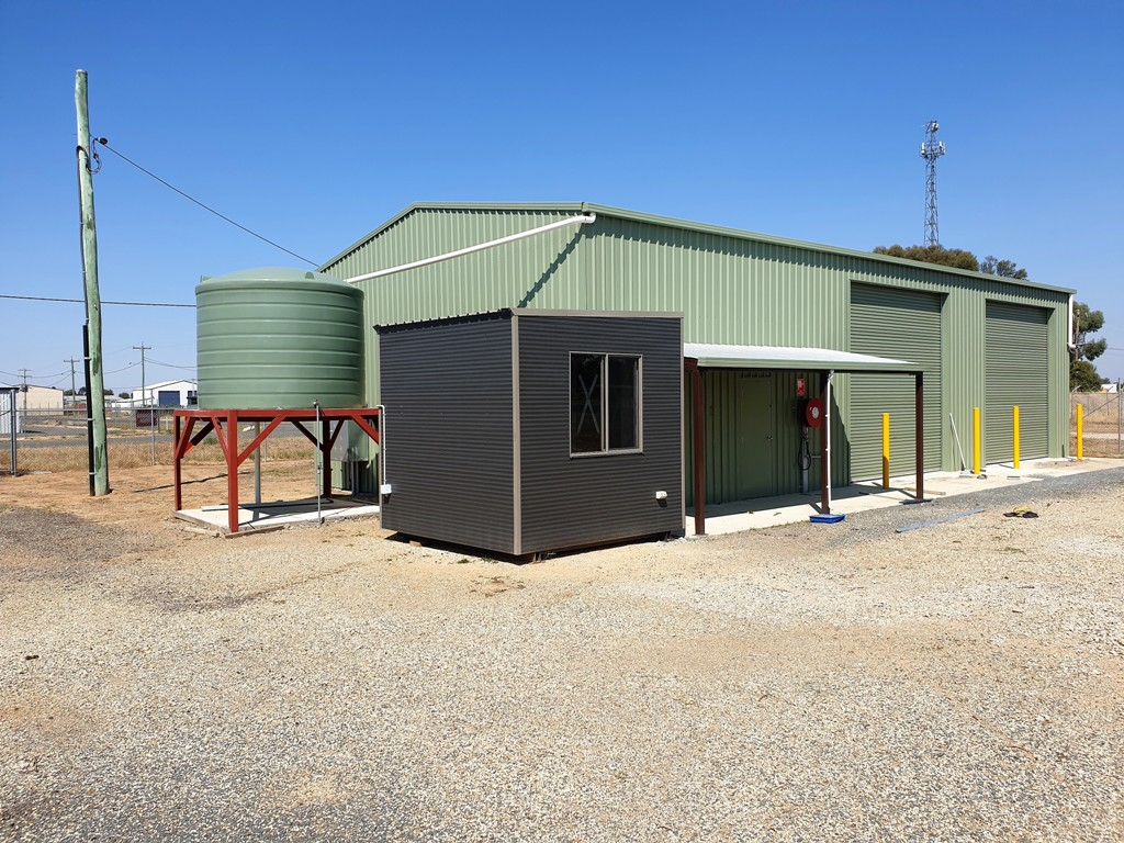 Shed 1/18 - 26 Gibson Place HOWLONG