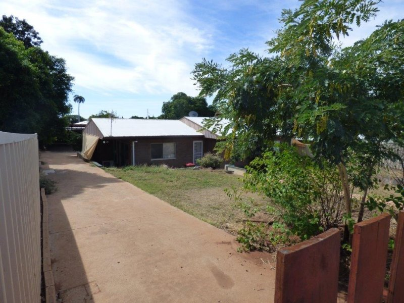 10 Eleventh Avenue MOUNT ISA
