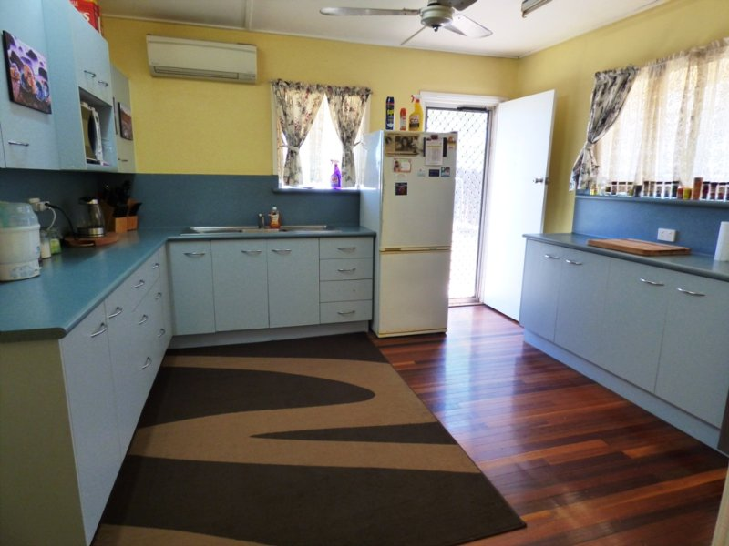 7 Silver Crescent MOUNT ISA