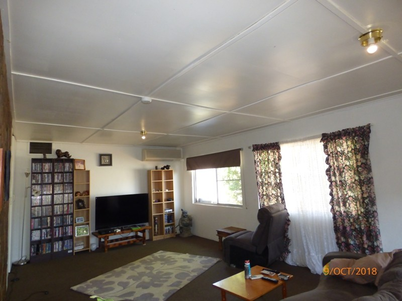 24 Bernborough Street MOUNT ISA