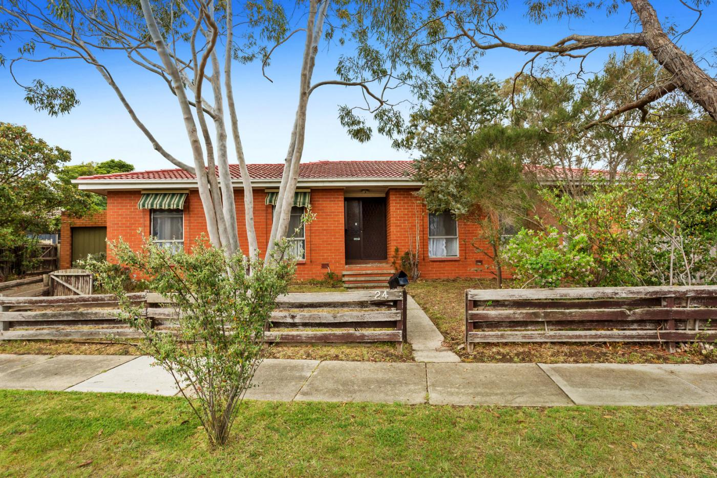24 Richardson Drive MORNINGTON