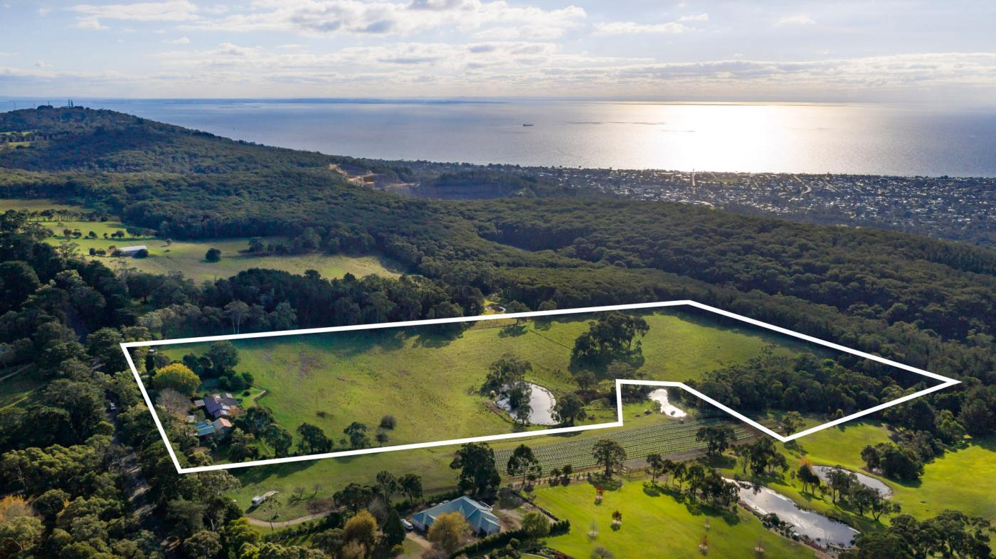 450 Arthurs Seat Road RED HILL