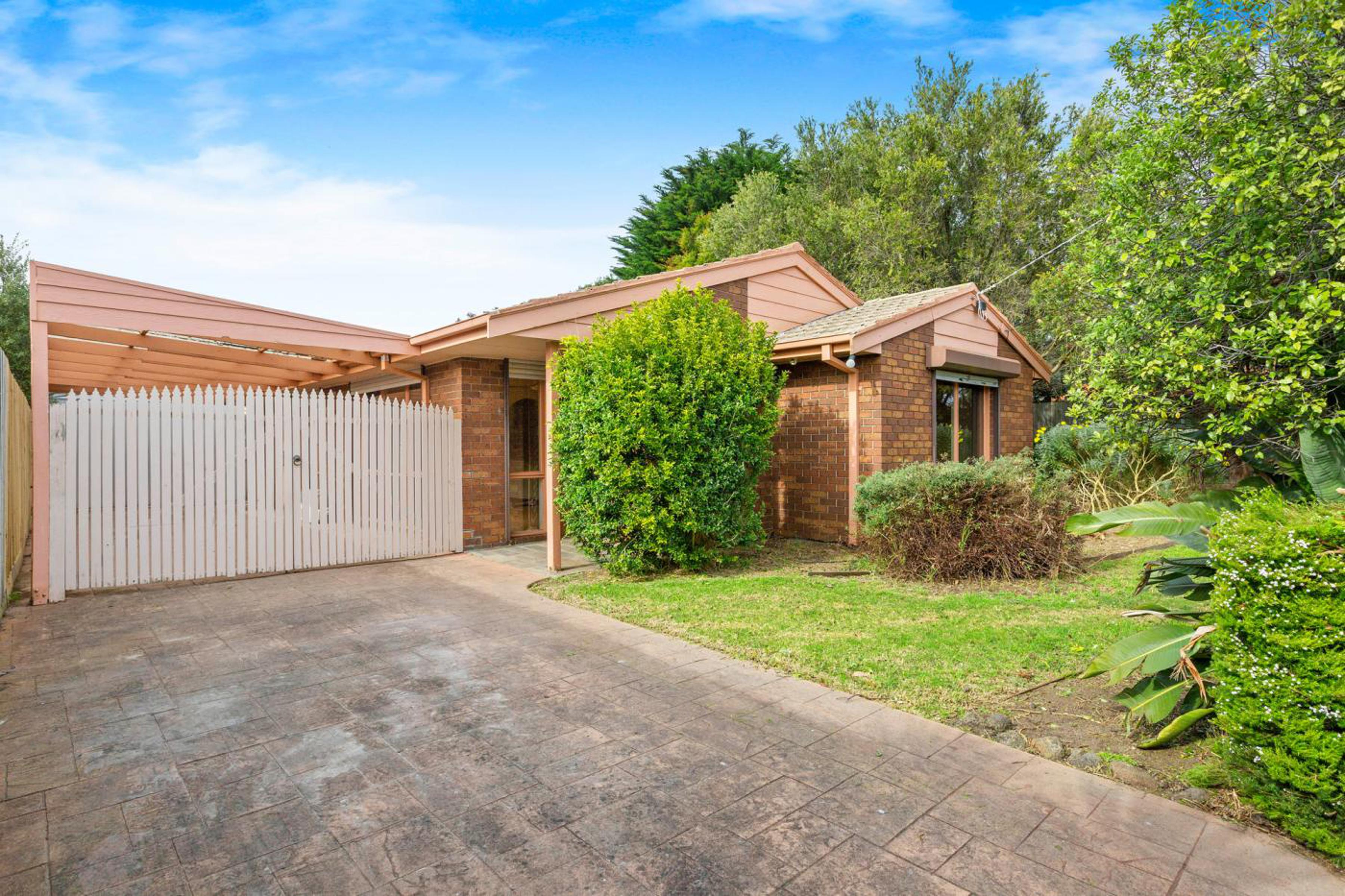 32 Dion Drive Carrum Downs