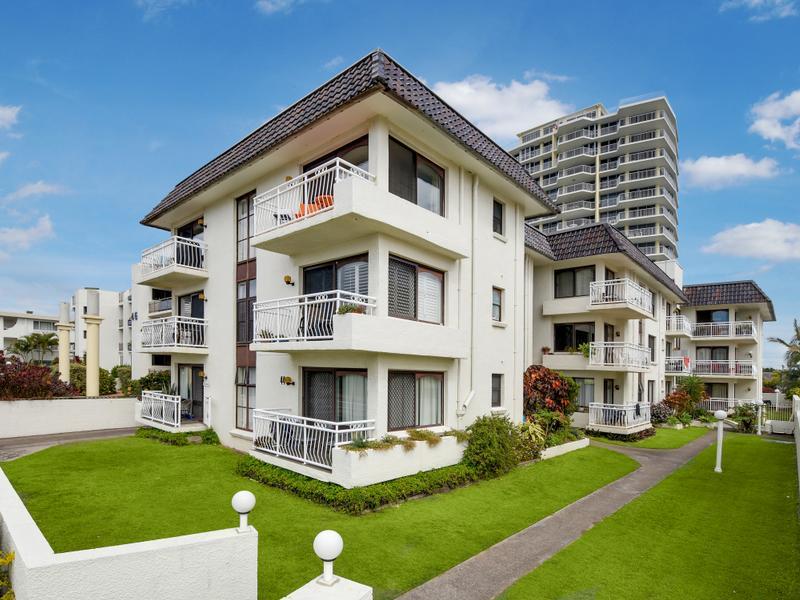 6/44 Alexandra Parade BANADERO COTTON TREE