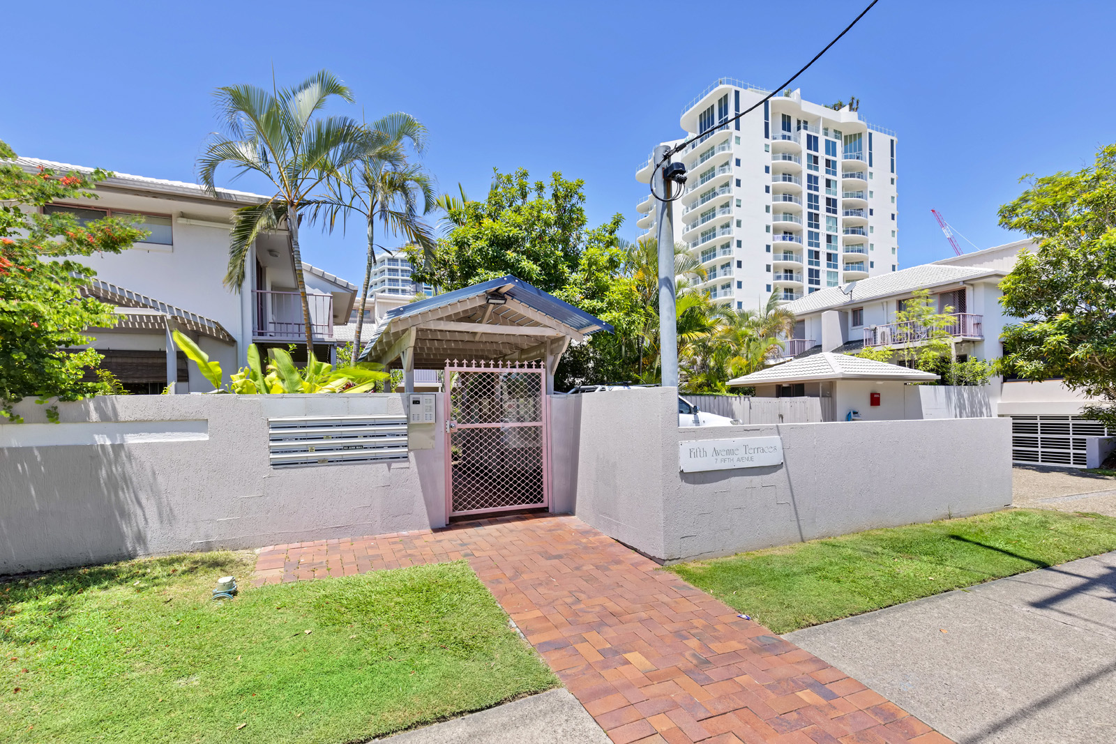 8/7 Fifth Ave COTTON TREE
