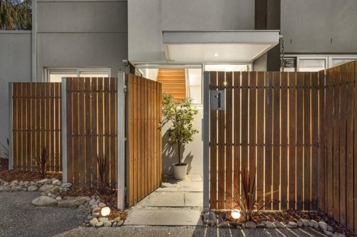 unit 1 39 Clarence Street