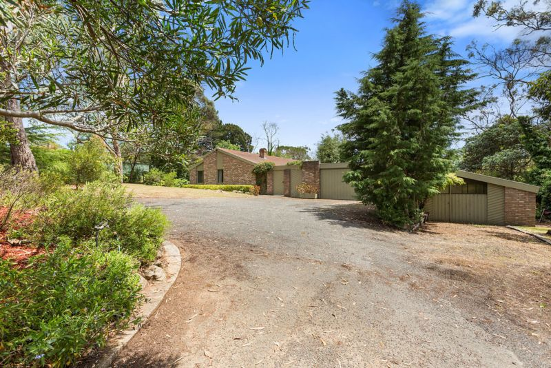 35 Winona Road MOUNT ELIZA