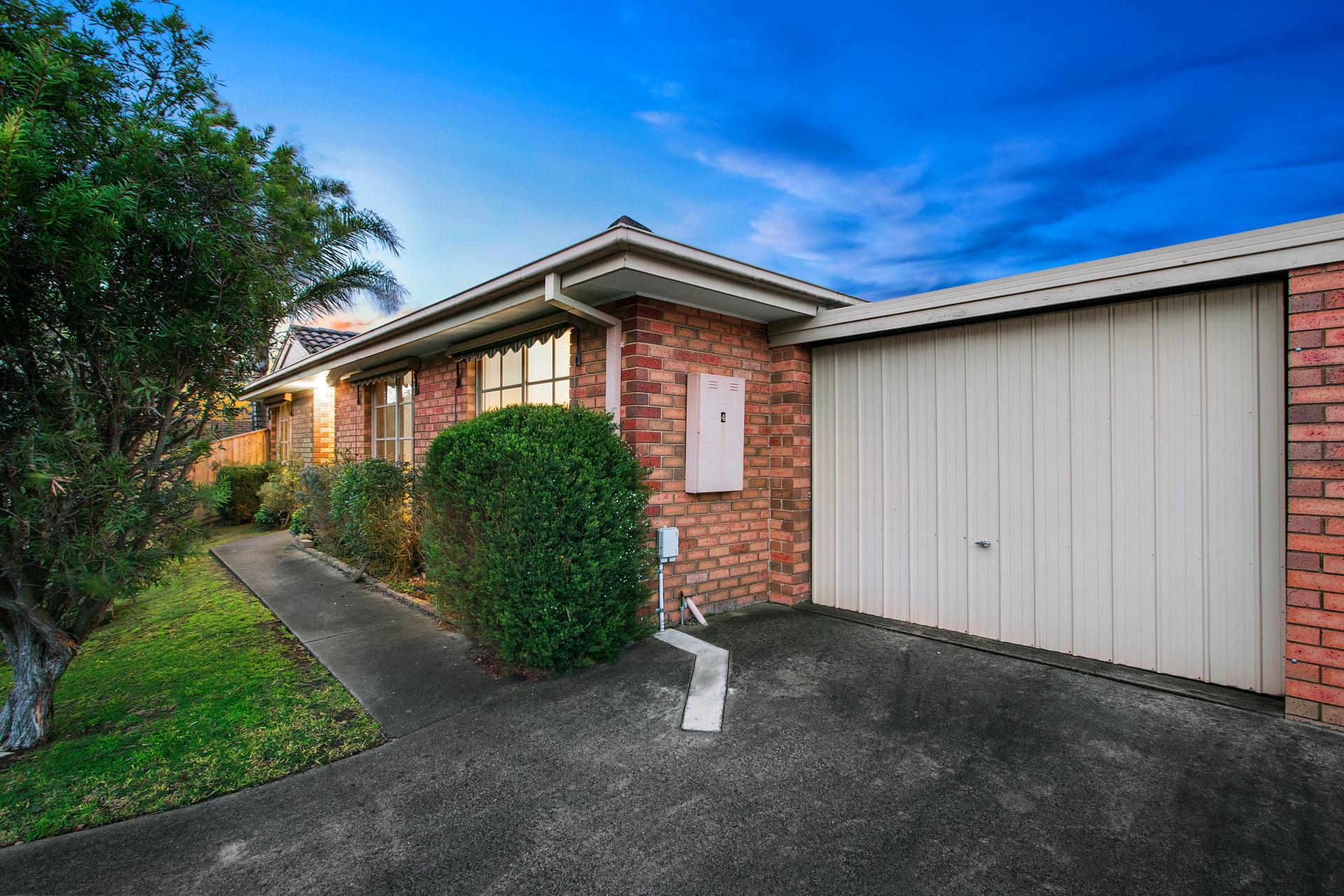 4/3 Pellita Way LANGWARRIN