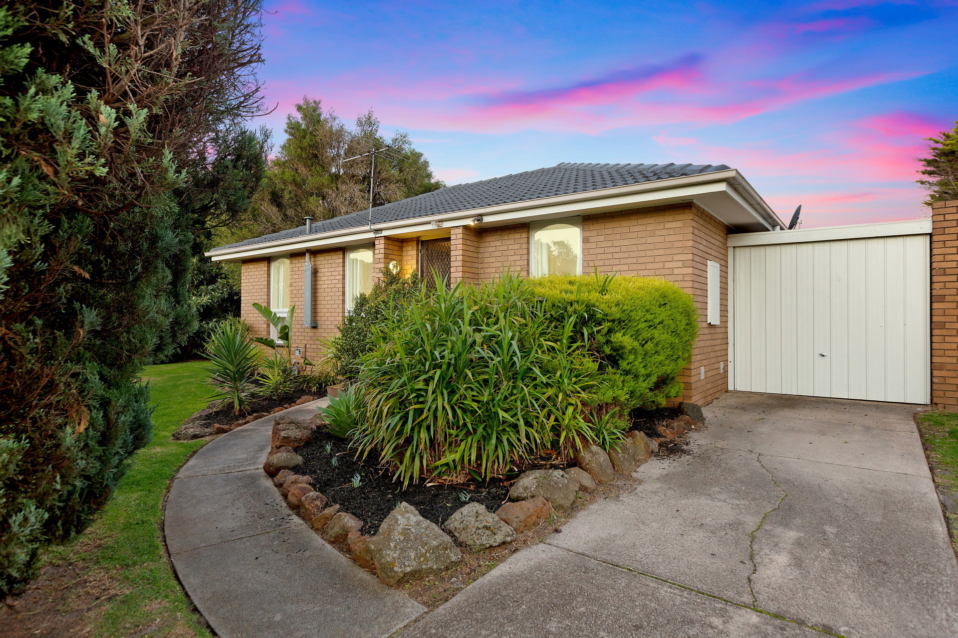 8/5 Reservoir Road Frankston