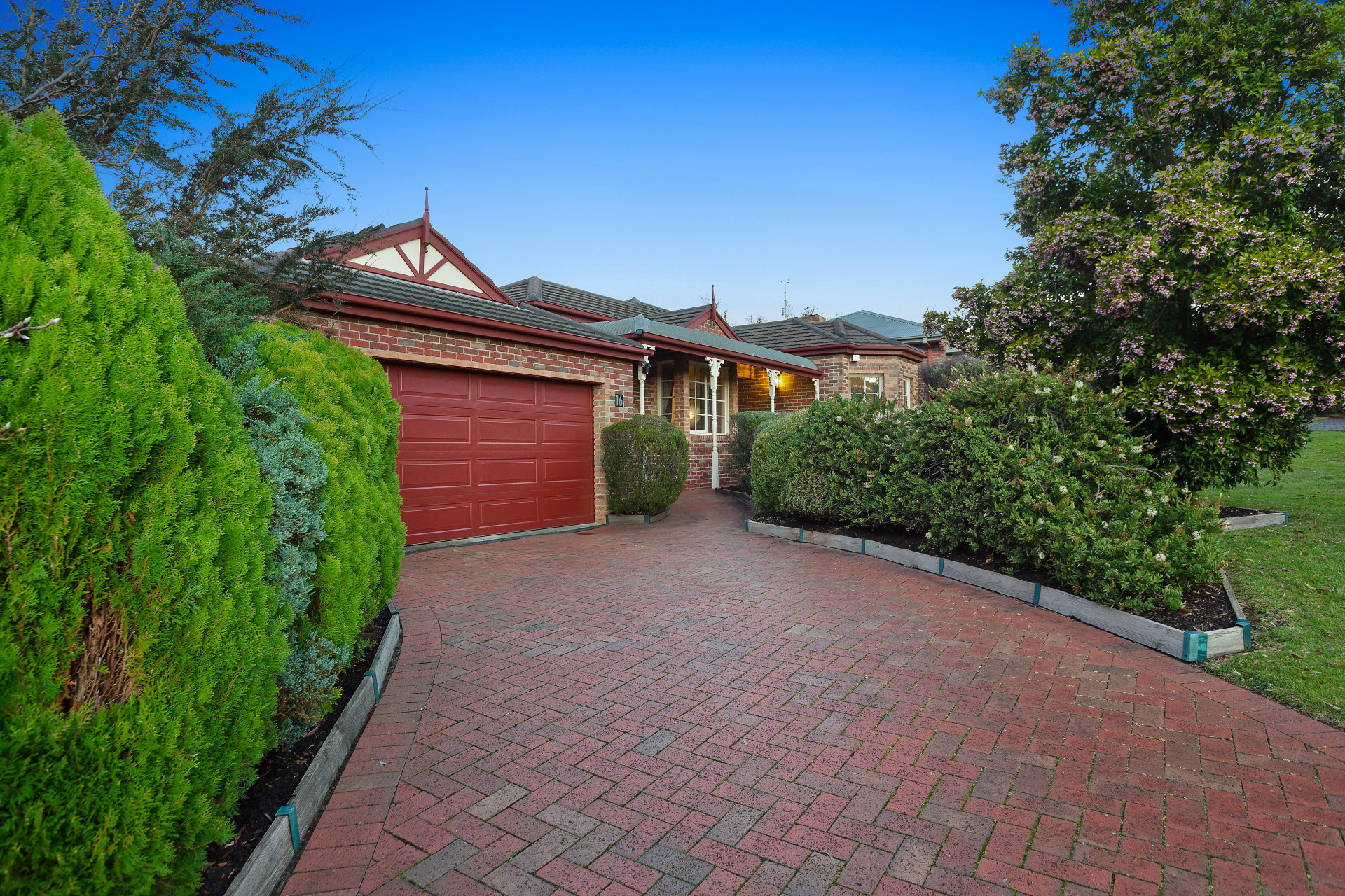 16 Caladenia Circuit Frankston South