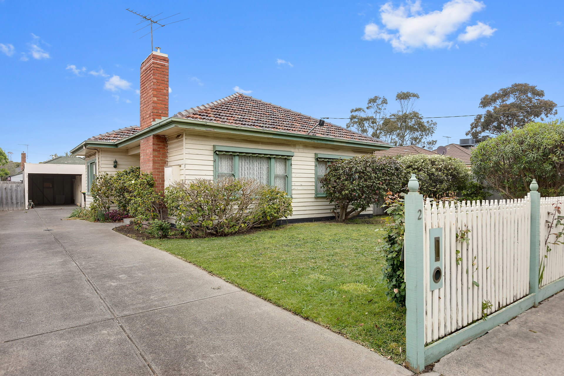 2 Johnston Street Mentone
