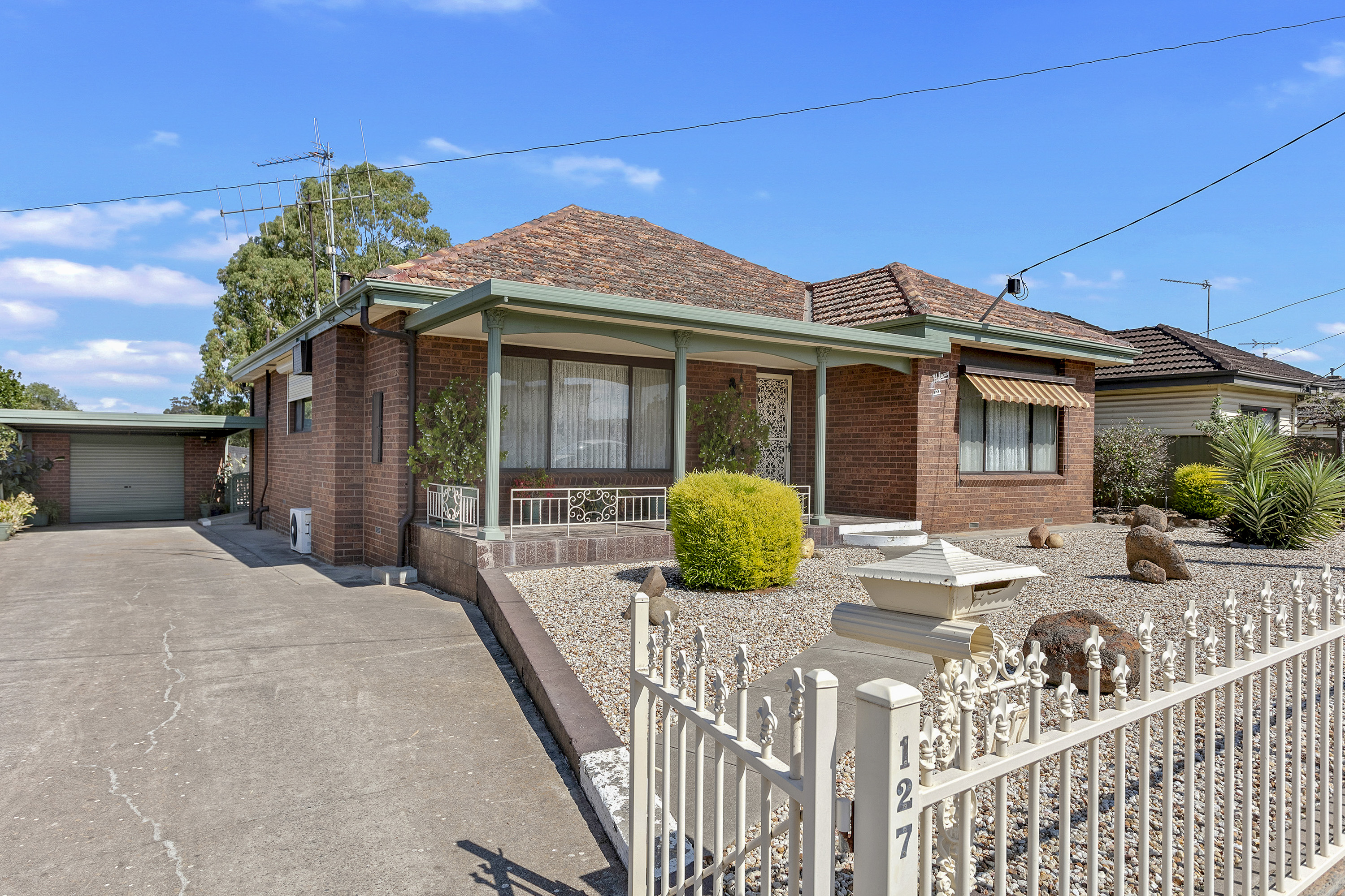 127 Holmes Road LONG GULLY
