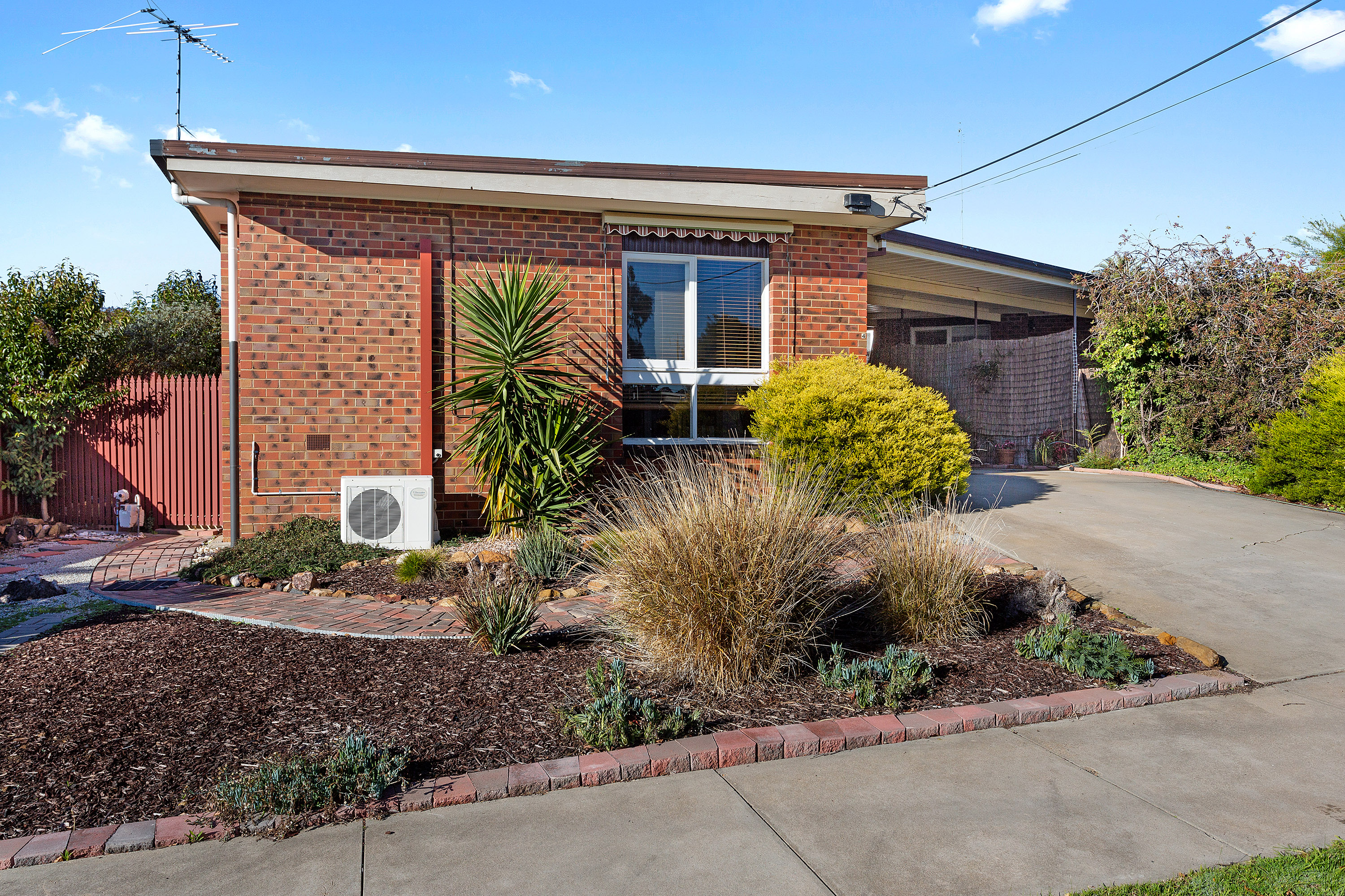1/4 Reception Avenue STRATHDALE