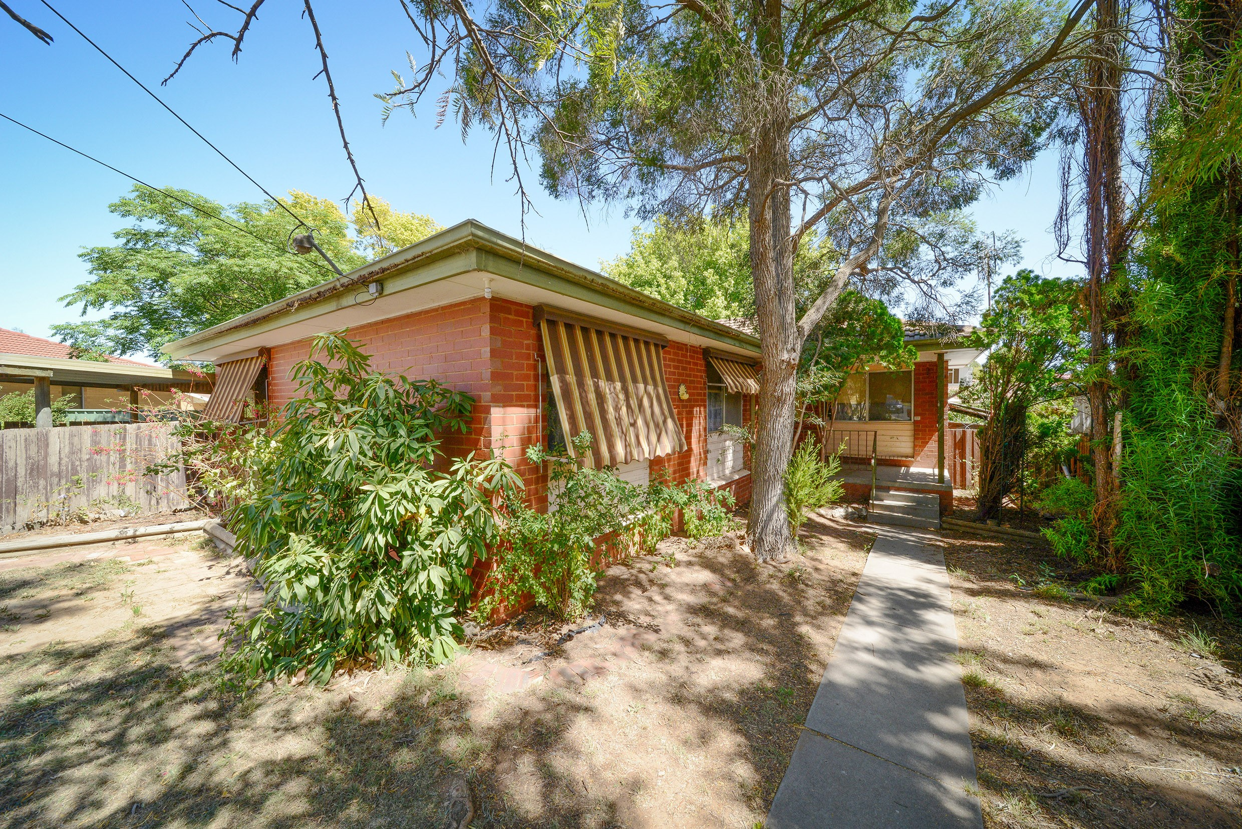 3 Kent Court LONG GULLY