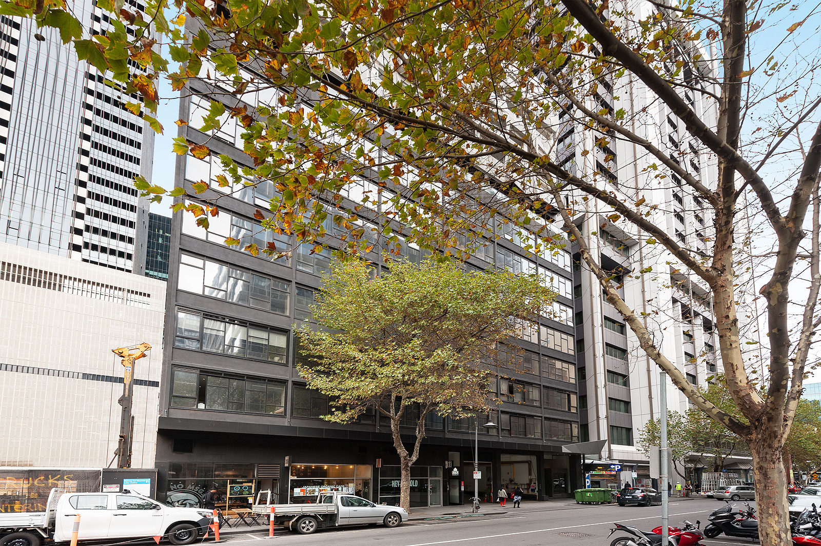 D24/601 Little Collins Street MELBOURNE