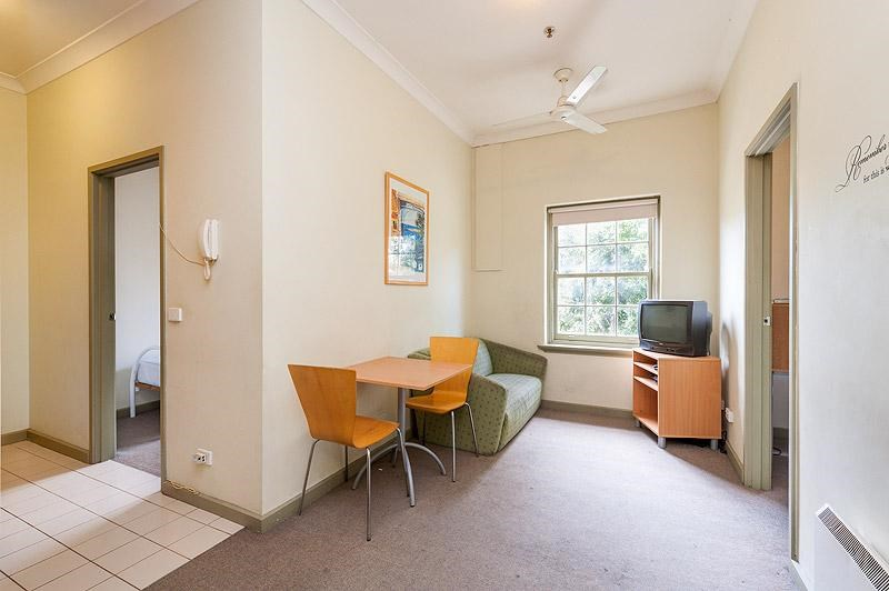 623/45 Victoria Parade COLLINGWOOD