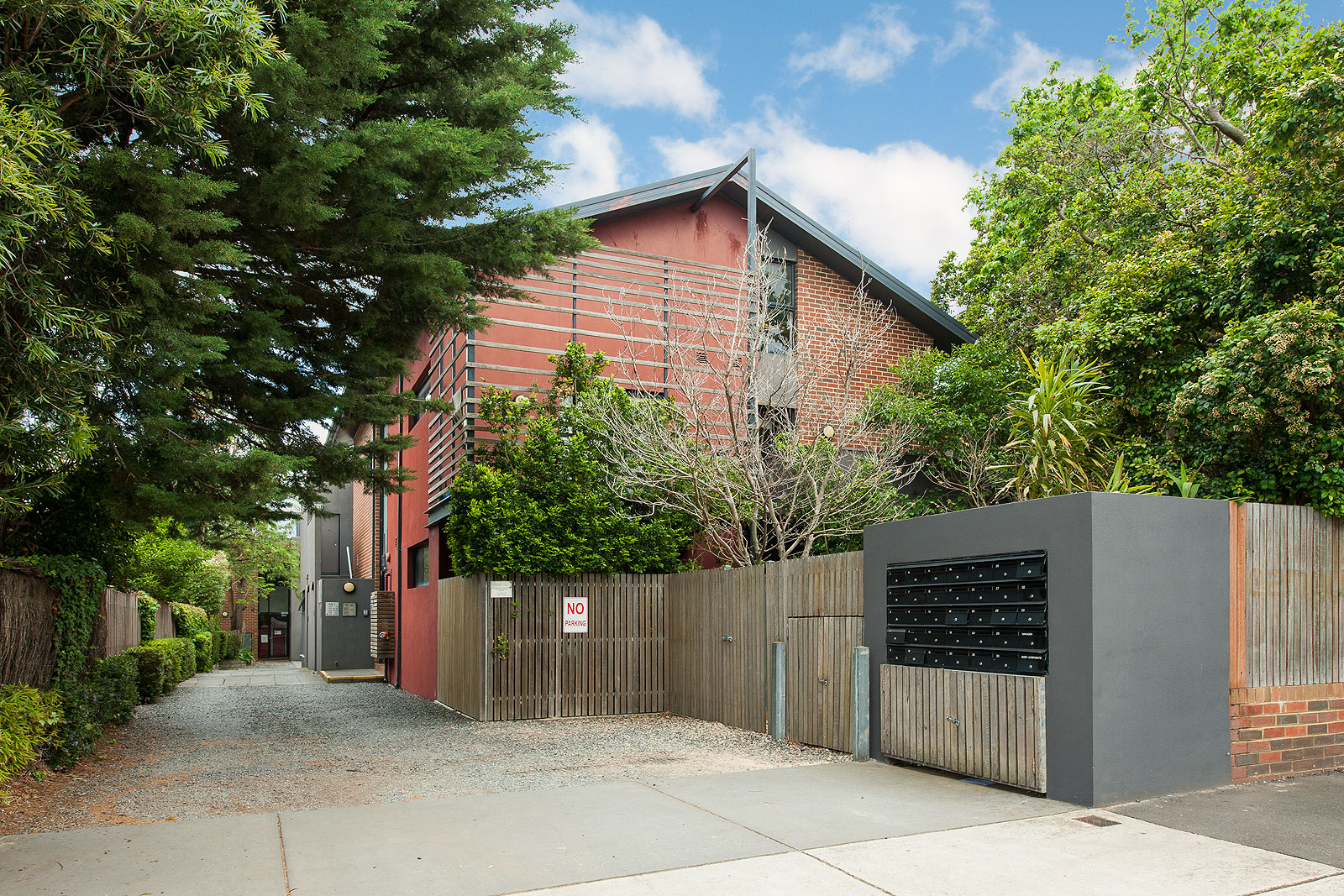 25/234 Warrigal Road CAMBERWELL