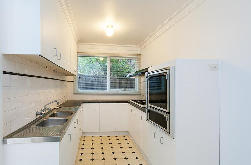 8 Campbell Street COLLINGWOOD