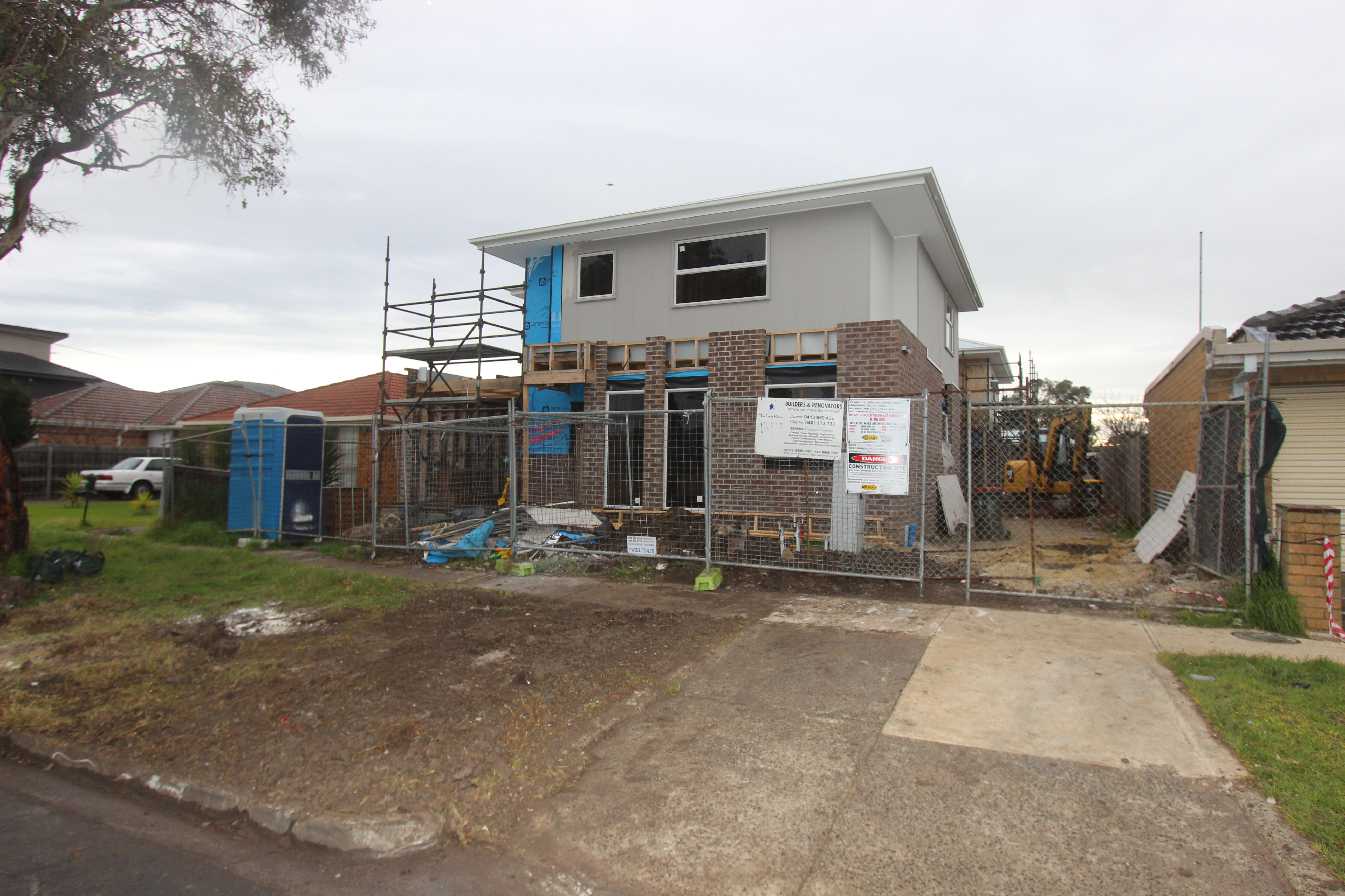 1-2-3/18 Robson Avenue AVONDALE HEIGHTS