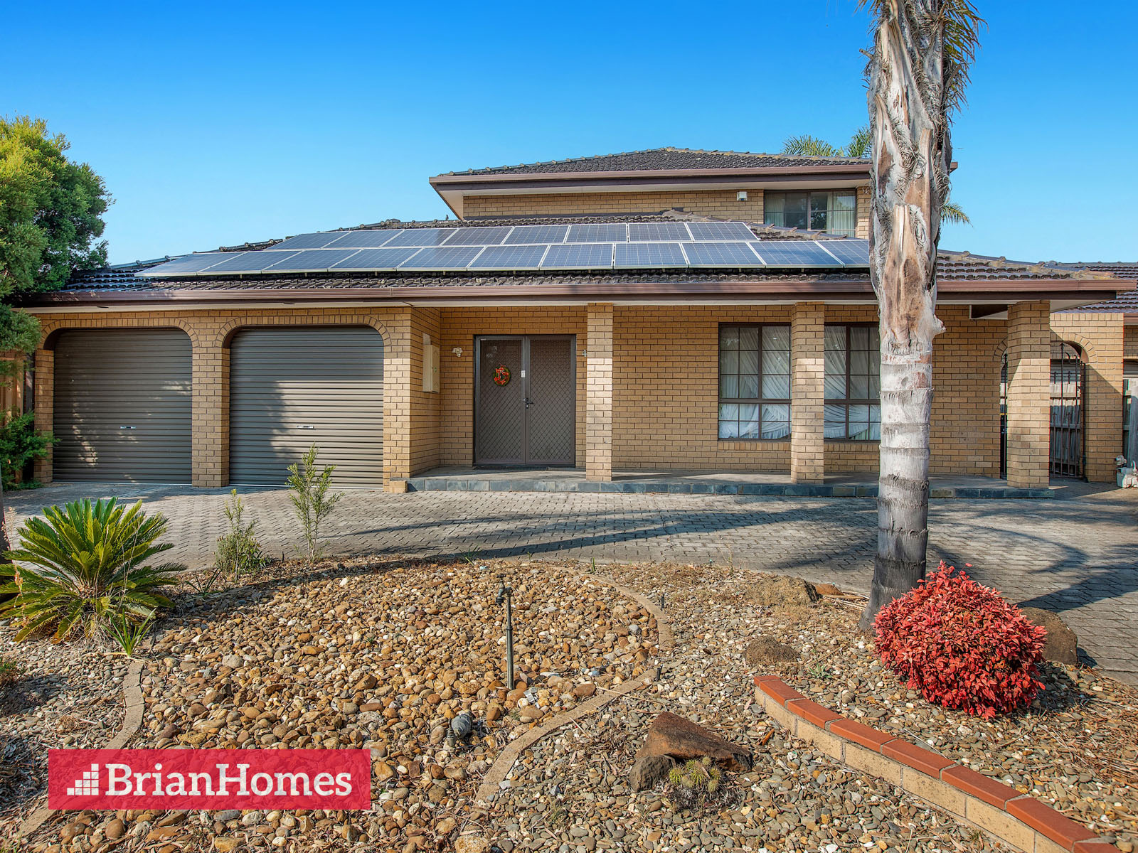40 Angourie Crescent TAYLORS LAKES