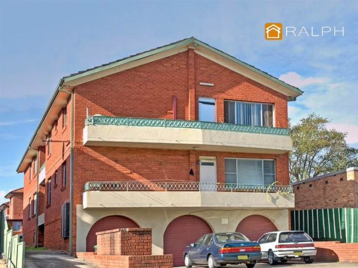 3/136 Sproule Street
