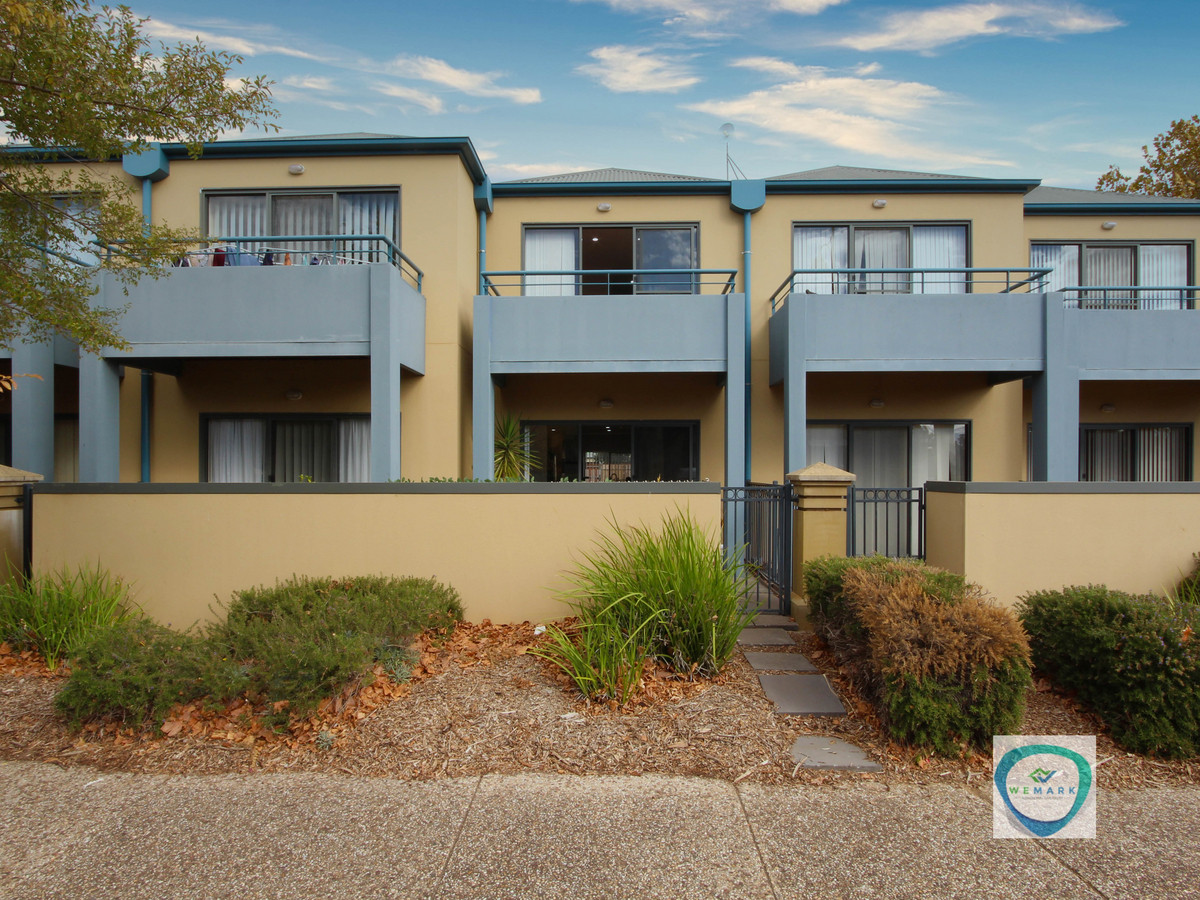 4/2 Greentree Place Mawson Lakes
