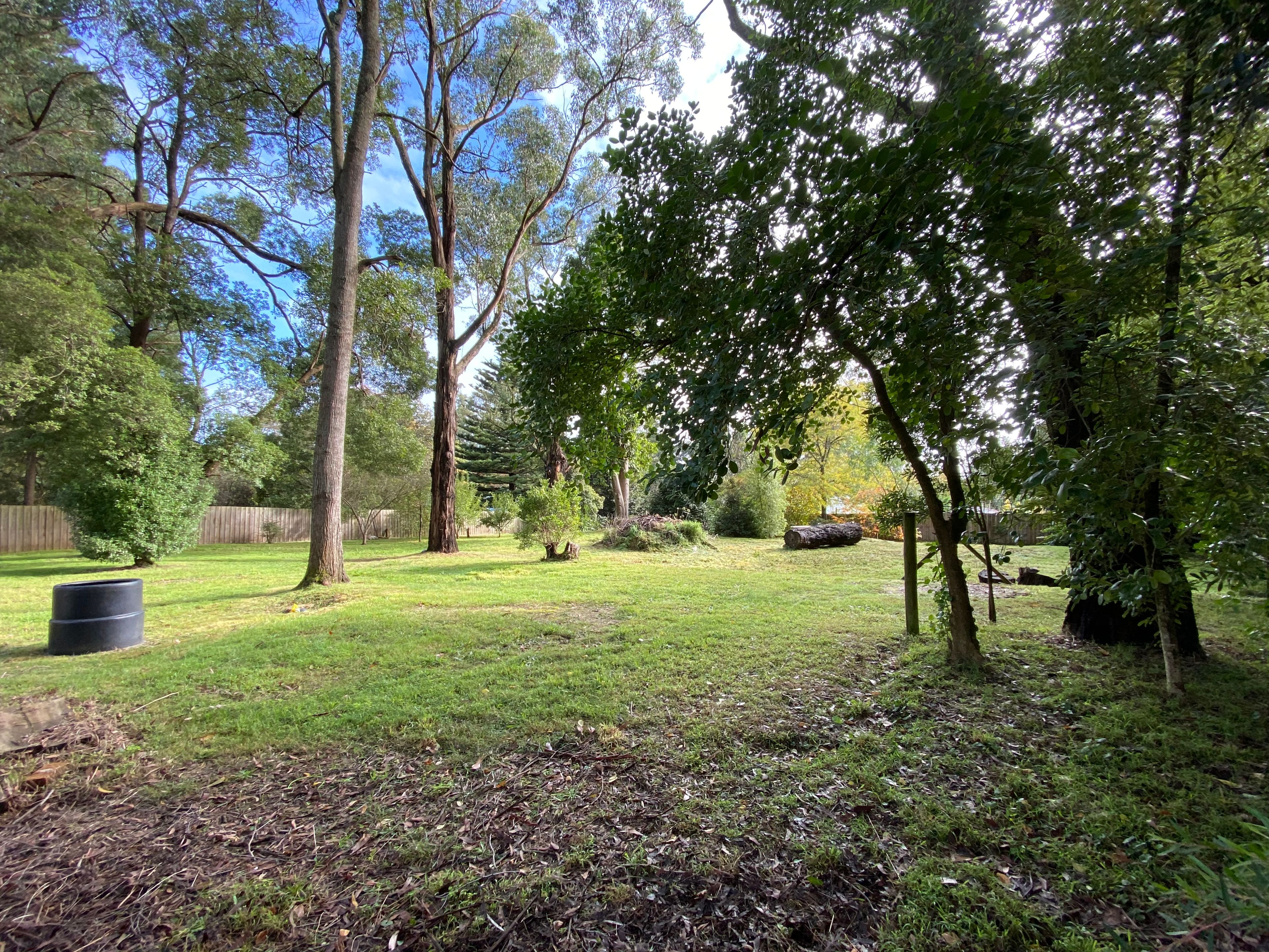 2/15 Station Road Gembrook