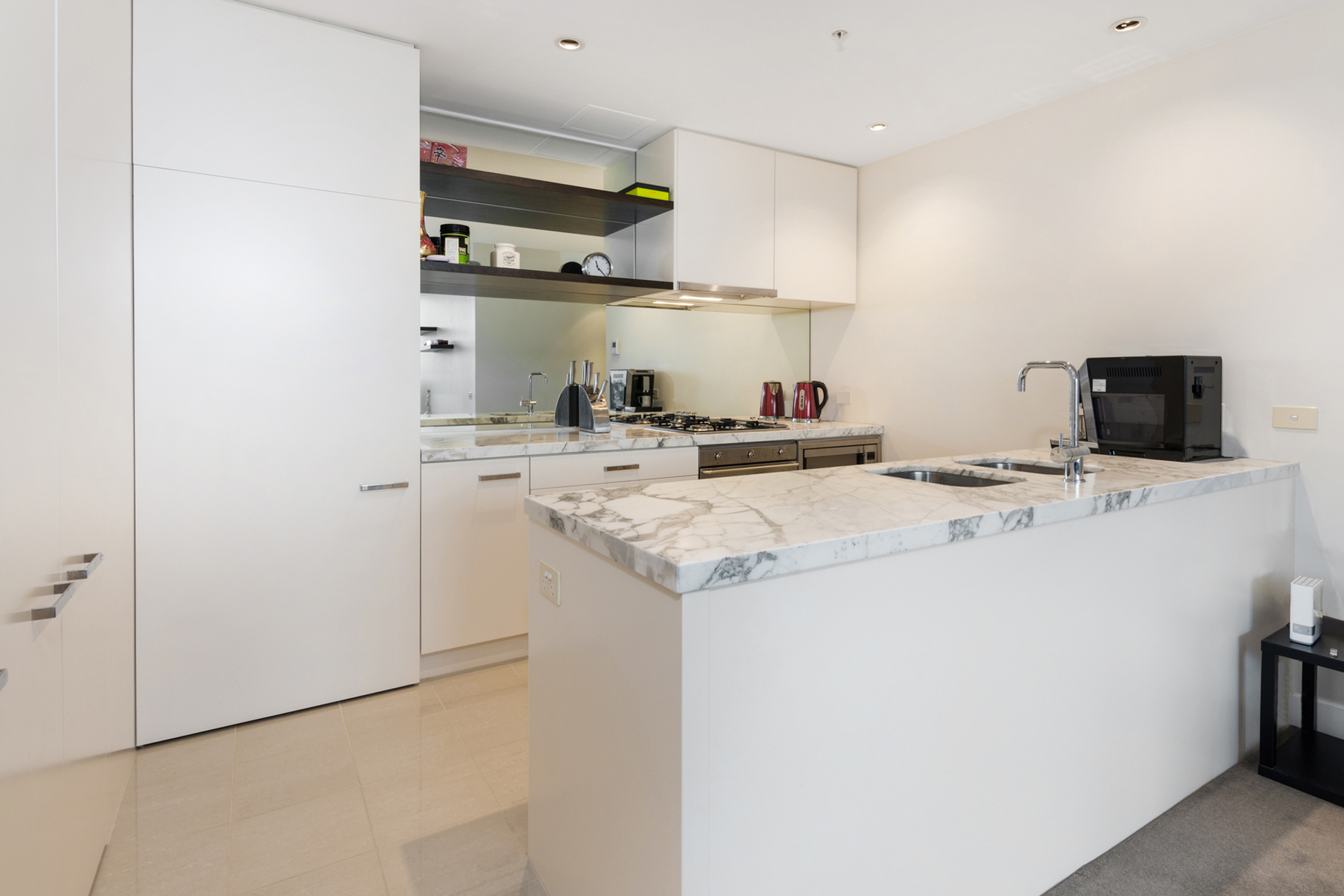 4208/1 Queensbridge Square Southbank