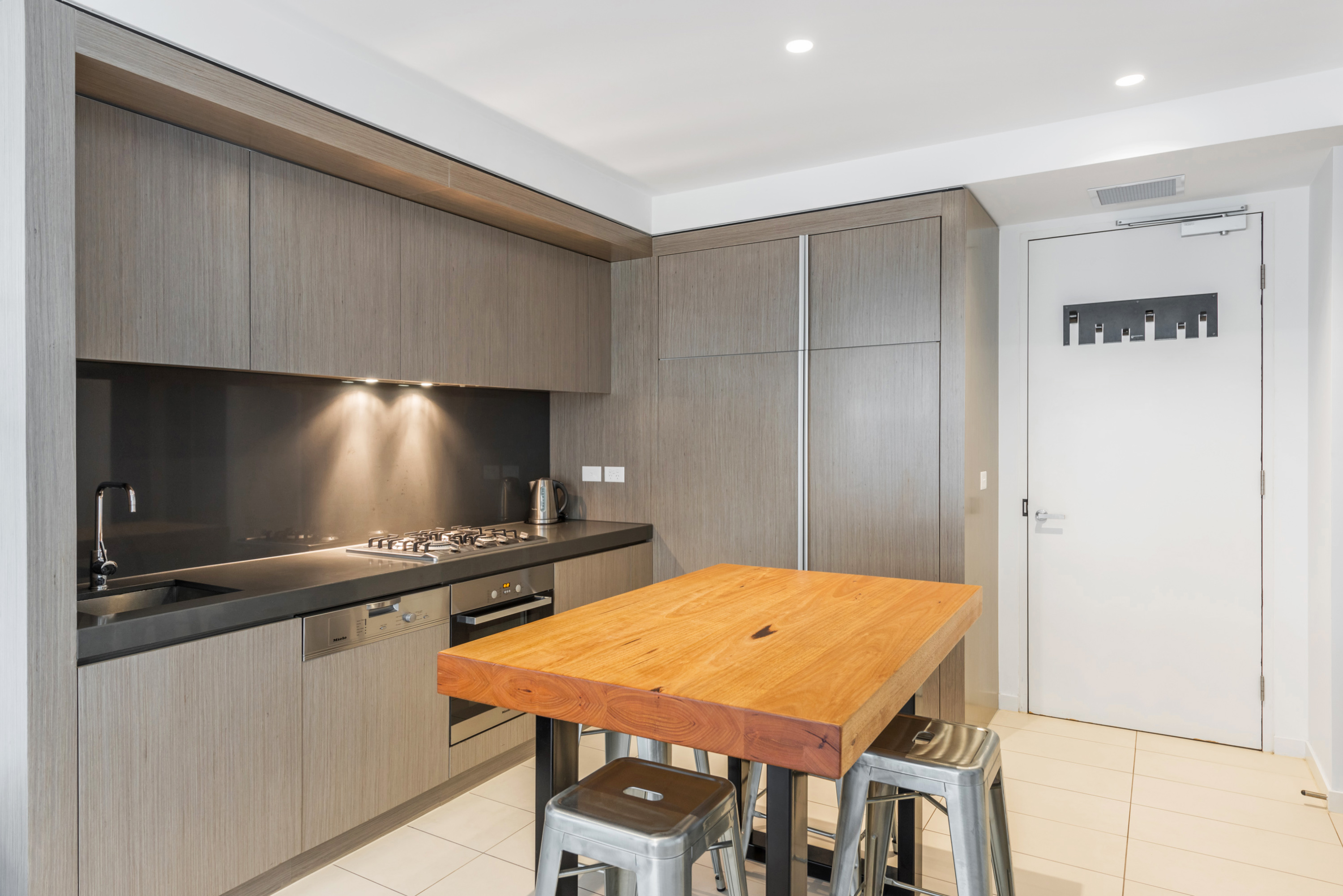 2213/50 Albert Road SOUTH MELBOURNE