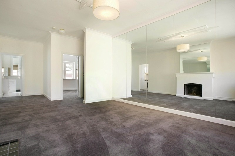 21/32 Queens Road MELBOURNE
