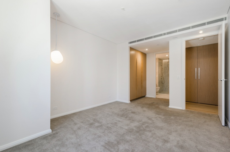 905/133 Russell Street MELBOURNE