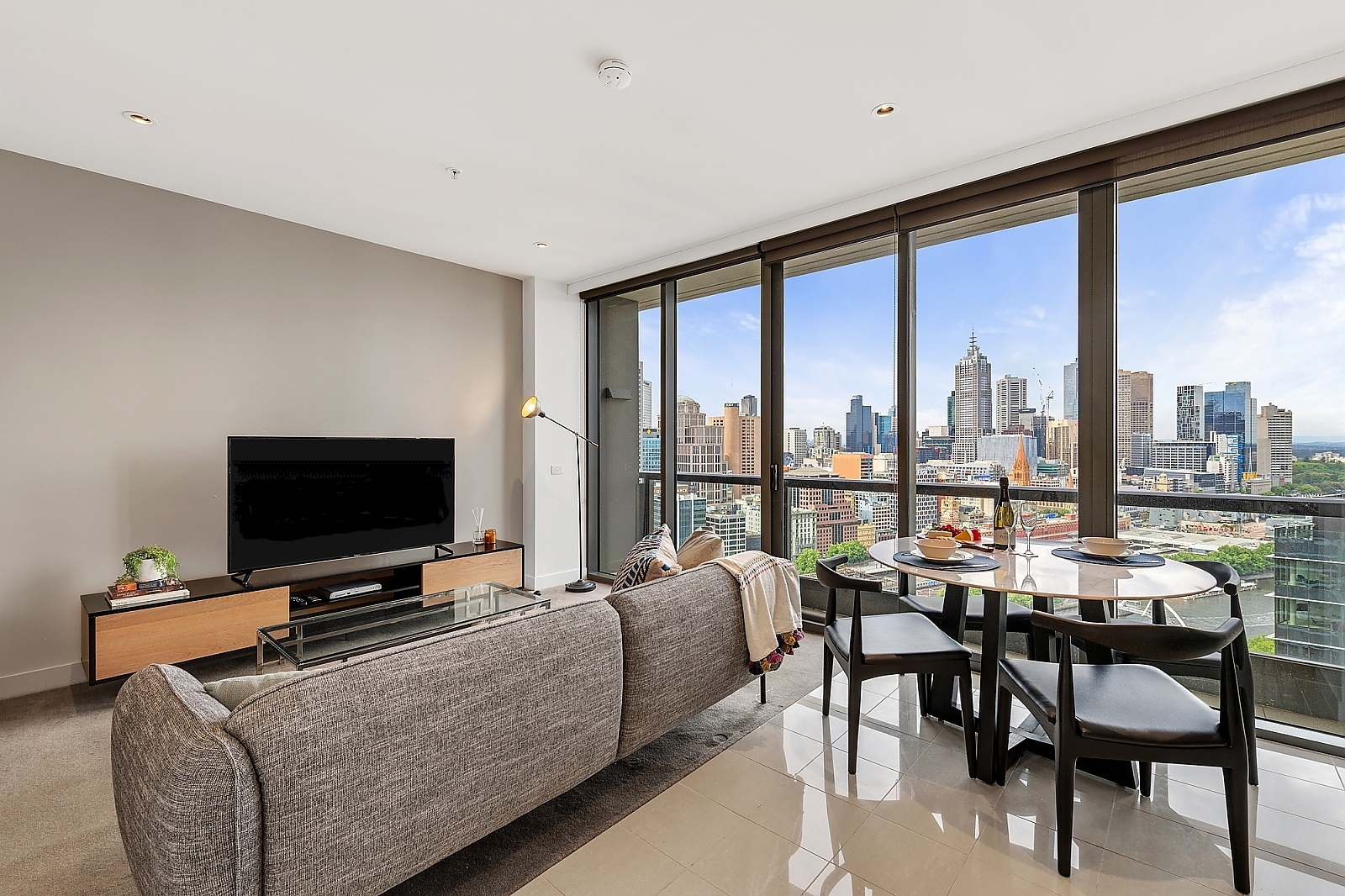2605/1 Freshwater Place SOUTHBANK
