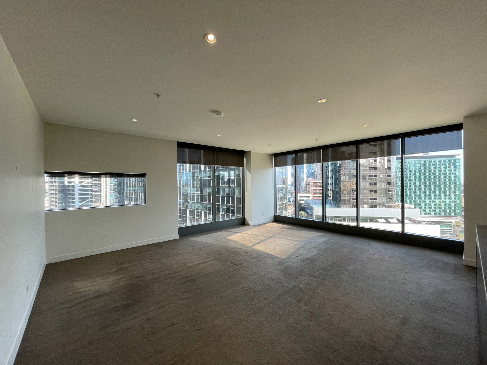 1512/1 Freshwater Place SOUTHBANK