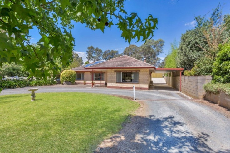 122 Onkaparinga Valley Road