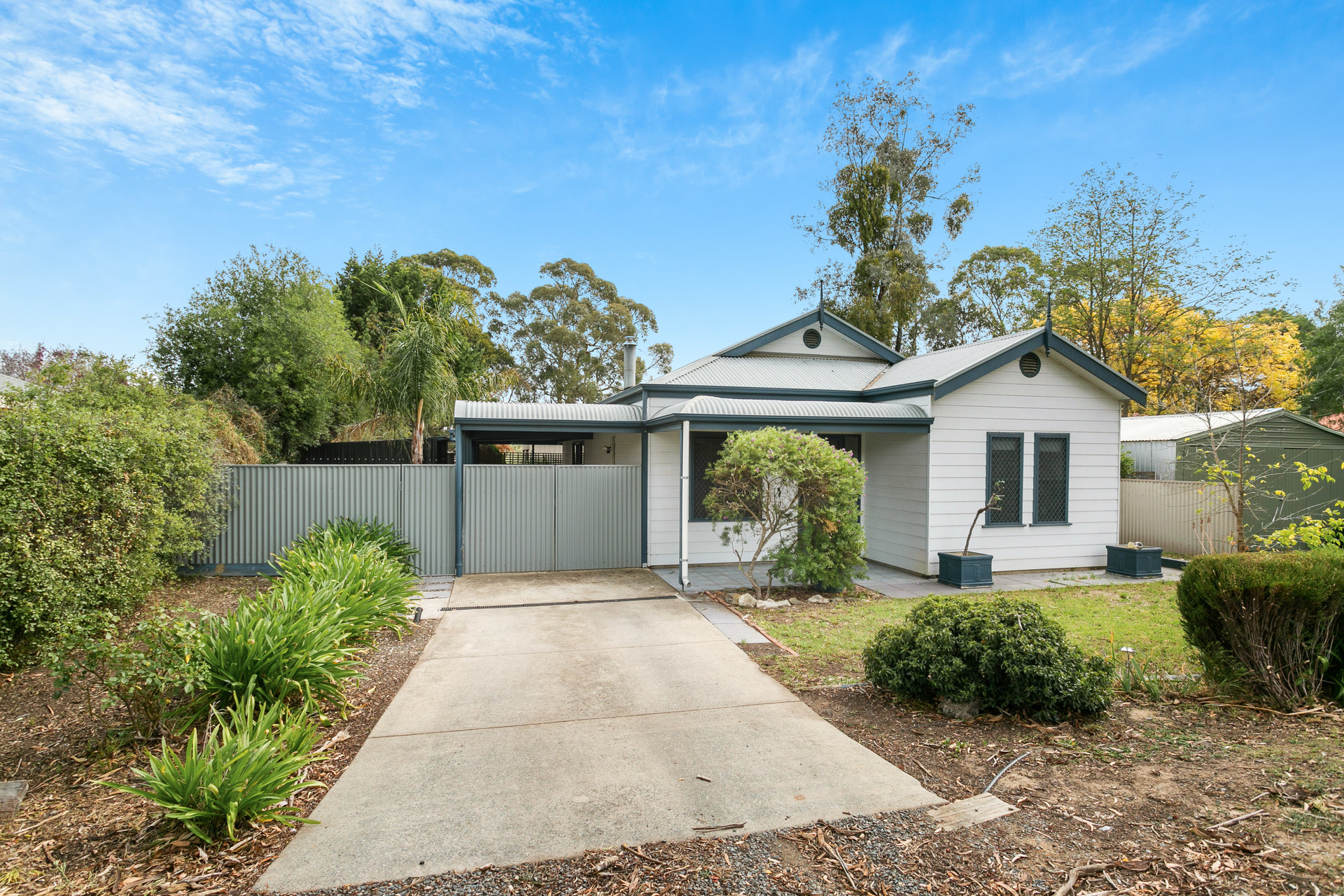 3/5 Ridge Road Woodside
